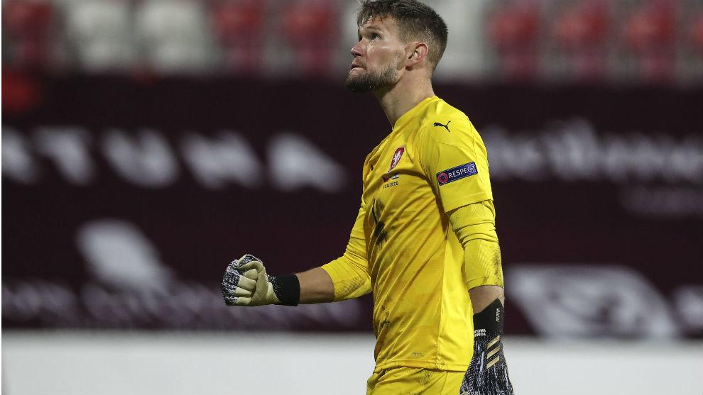 El checo Tomas Vaclik (31), guardameta del Sevilla.