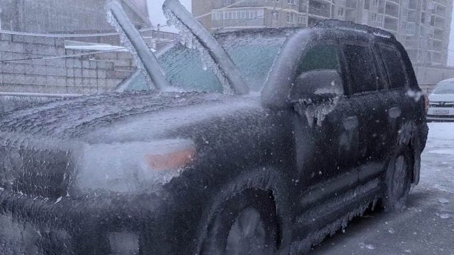 Mira cómo se ve Vladivostok, Rusia, después de la lluvia engelante.
