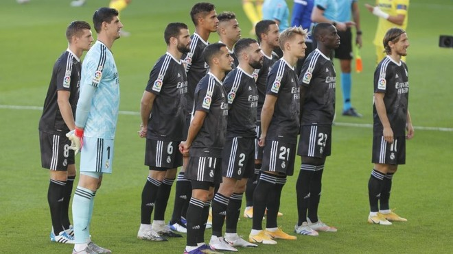 Once inicial del Madrid en La Cerámica
