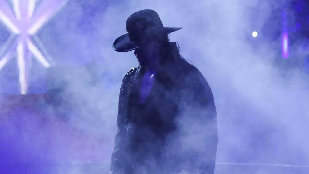 """Así fue el emotivo adiós de Undertaker: """"Ha llegado el momento de descansar en paz"""""""