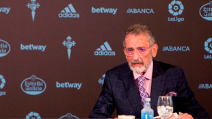 El presidente del Real Club Celta de Vigo, Carlos Mouriño, en una...