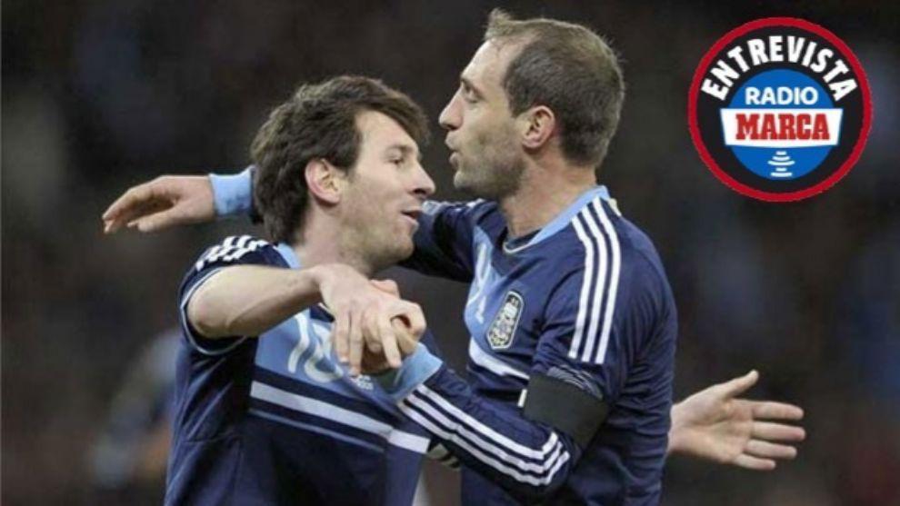Messi and Zabaleta.
