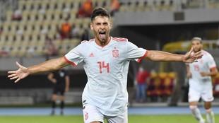 Hugo Duro celebra un gol con España sub 21