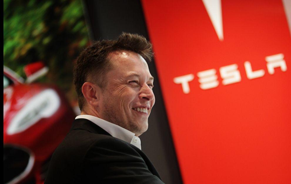 La revalorización de los títulos de Tesla han disparado su fortuna.