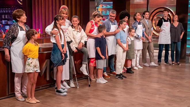 Masterchef Celebrity 5: Los siete aspirantes que continúan en el concurso recibirán la visita de amigos y familiares en la primera prueba de la noche.