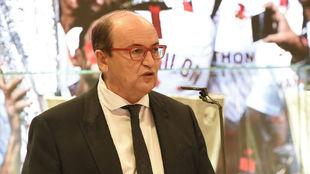 José Castro (62), portero del Sevilla.