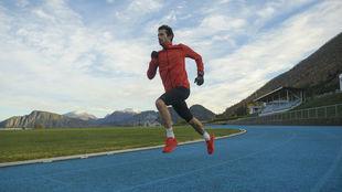 Kilian Jornet, en la pista donde intentará el récord de 24 horas.