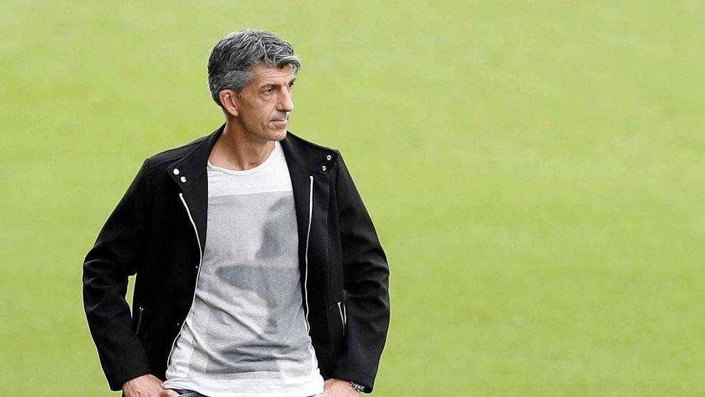 Imanol Alguacil, durante un partido con la Real.