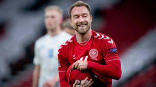 Christian Eriksen celebra un gol con Dinamarca