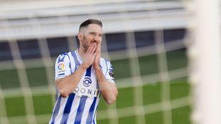 Joseba Zaldua, en un momento del partido del domingo en Cádiz.