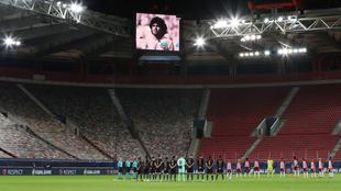 Homenaje a Diego Armando Maradona en la Champions League.