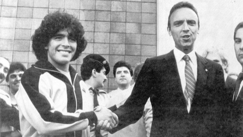 Gaspart, con Maradona.