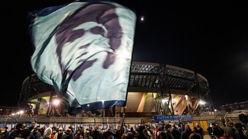 Napoles muerte de Maradona