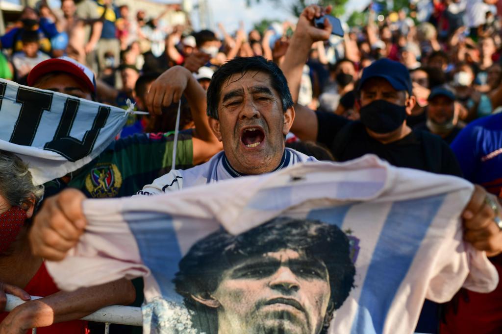 Murió Maradona: Maradona, última hora del funeral de Diego, en vivo 27