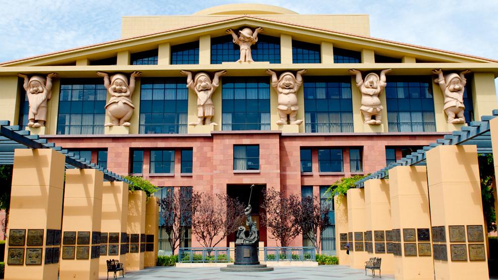 Sede de The Walt Disney Company, que ha anunciado más de 32.000...