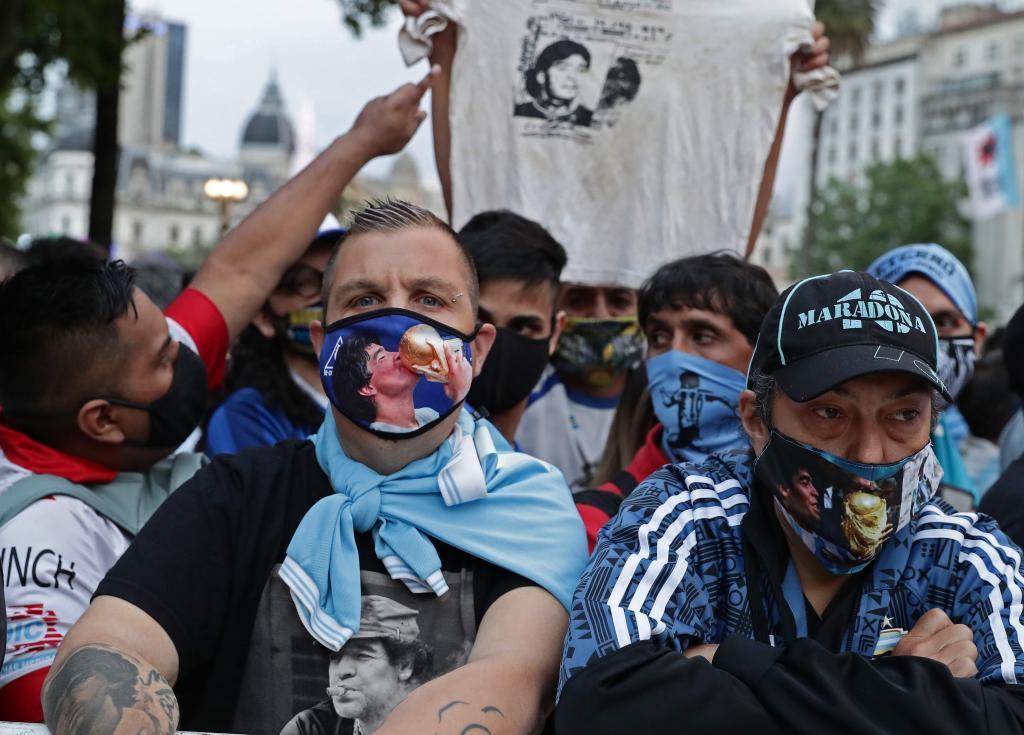 Murió Maradona: Maradona, última hora del funeral de Diego, en vivo 26