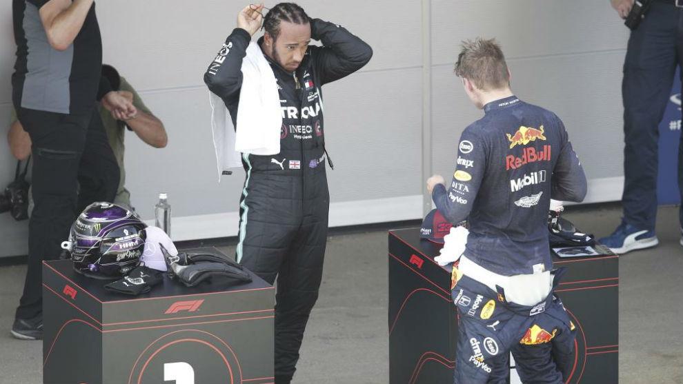 Hamilton y Verstappen, durante el Gran Premio de España de esta...