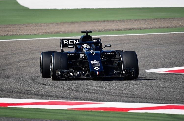 otos de Fernando lt;HIT gt;Alonso lt;/HIT gt; en el test Bahrein Firma: lt;HIT gt;Renault lt;/HIT gt; F1