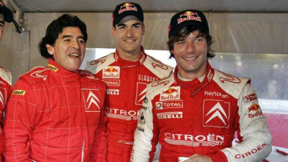 El día que Maradona 'debutó' en el Mundial de Rallies como copiloto de Loeb