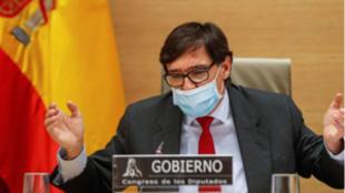 Salvador Illa admite que la vacunación masiva no llegará antes del...