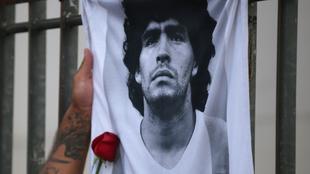 Maradona perdió la vida el 25 de noviembre |