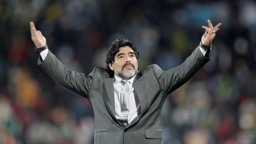 The origins of Maradona's many nicknames: El Pelusa, El Cebollita...