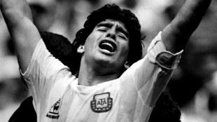 Peter Shilton habla de la muerte de Maradona.