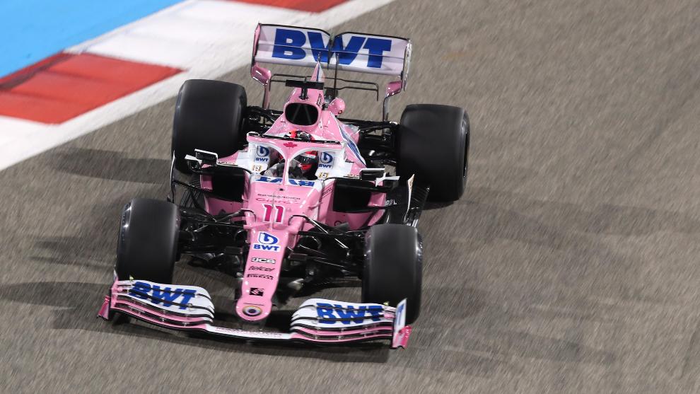 Sergio Pérez tiene buena actuación en las prácticas del GP de Baréin, firma el cuarto mejor tiempo en la segunda sesión