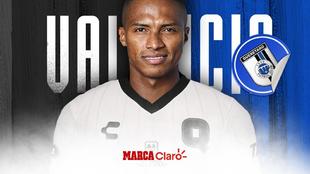Antonio Valencia, nuevo jugador de los Gallos Blancos del Querétaro....
