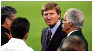Rinat Akhmetov, en una visita al Camp Nou.