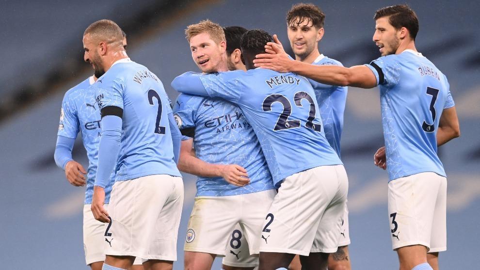 Manchester City: Riyad Mahrez se lució con triplete en goleada al Burnley