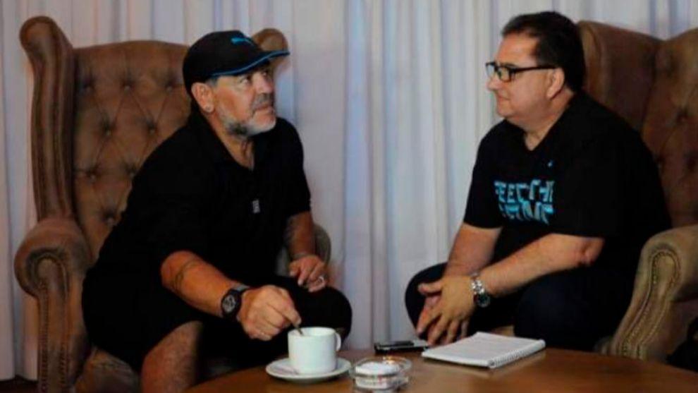 Maradona y Chiappetta.