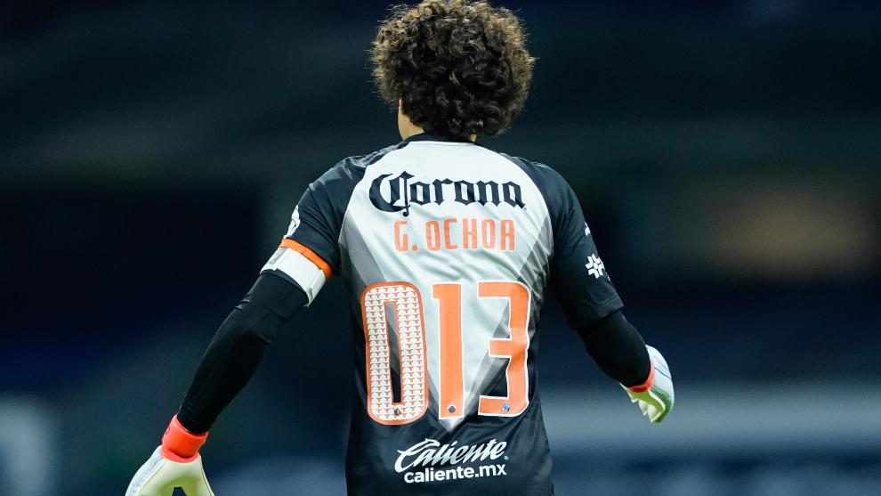 Guillermo Ochoa y sus compañeros usaron un '0' adicional en sus...