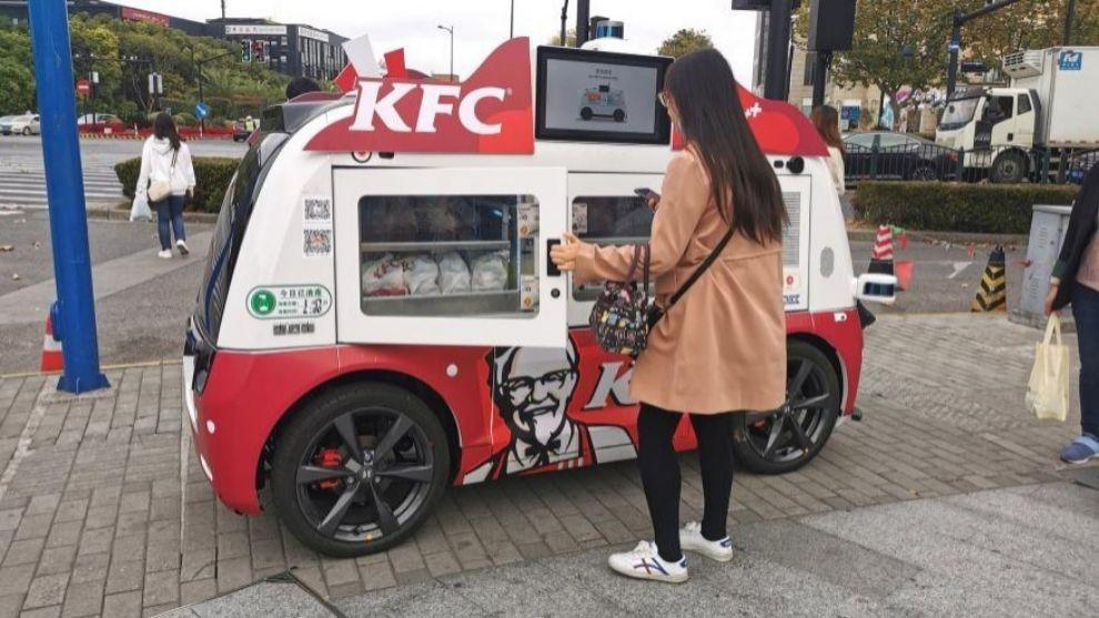 La nueva moda en China: los foodtruck autónomos de KFC