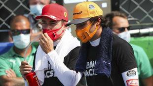 Charles Leclerc y Carlos Sainz, próximos compañeros en Ferrari, en...