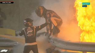 Milagro en Bahréin: ¡¡¡Grosjean tuvo que huir del fuego!!!