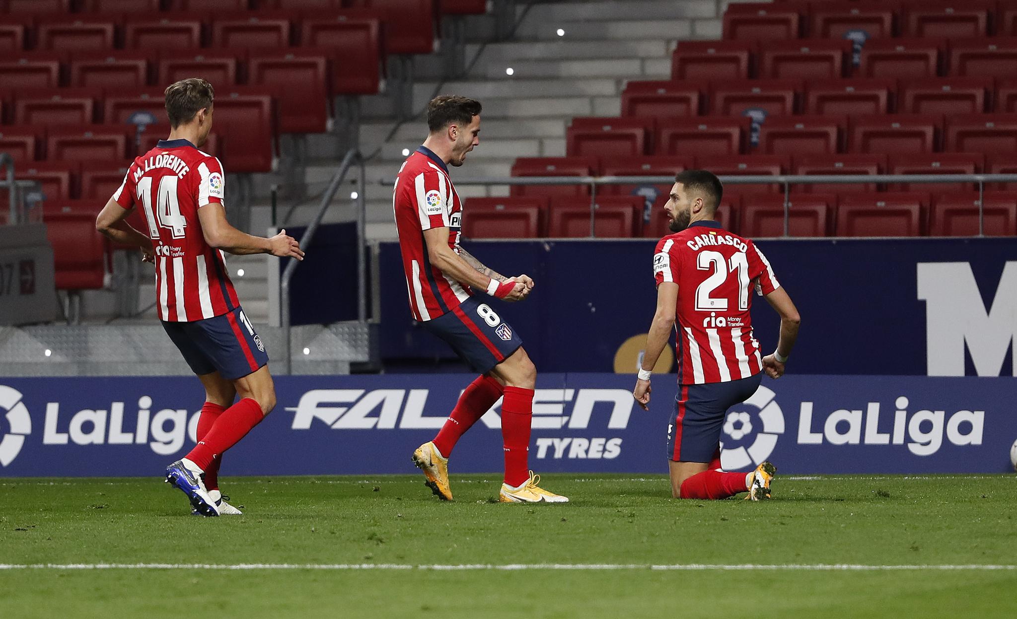 ATLETICO DE MADRID-FC BARCELONA ALEGRIAS TRAS EL GOL DE CARRASCO