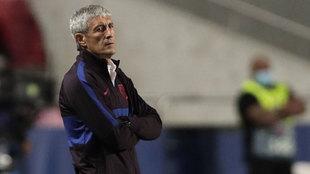 Quique Setién, durante su último partido al frente del Barcelona,...
