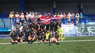 La Peña Remando Juntas con el equipo femenino del Granada C.F.