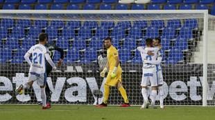 Dimitrievski, enfadado tras encajar el gol tempranero de José Arnáiz