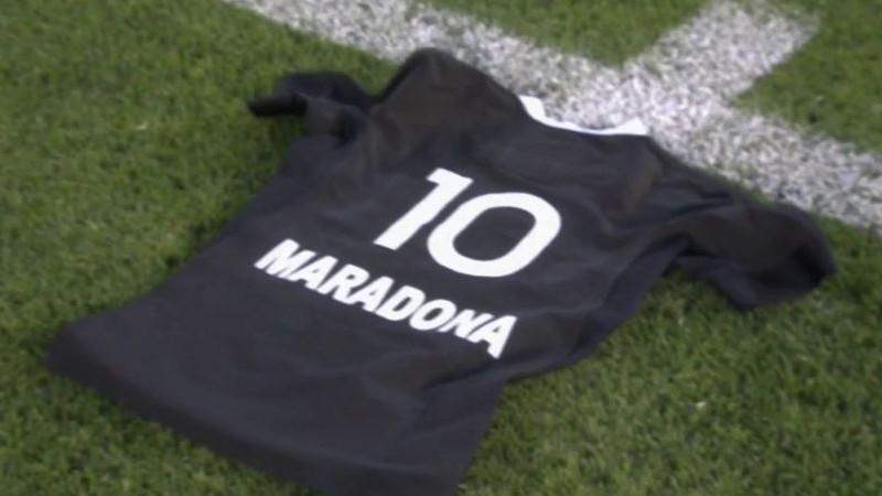 La camiseta de homaneja presentada por la selección de Nueva Zelanda