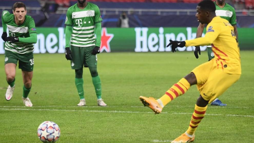 Dembélé marca de penalti frente al Ferencvaros.