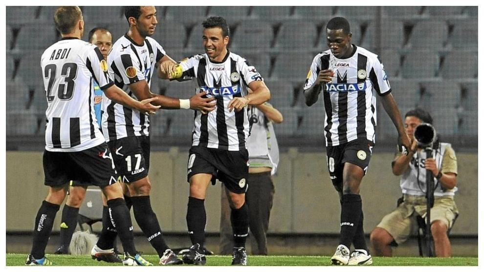 Di Natale célèbre un but qu'il a marqué en Serie A