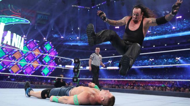 Undertaker contra John Cena.