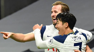 Kane y Son celebran el gol del delantero inglés.
