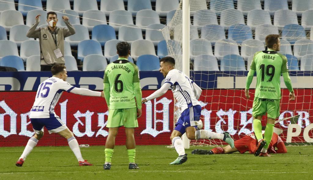 Narváez celebra con la lógica alegría el gol del triunfo del...
