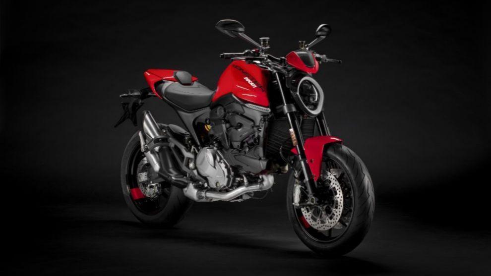 Ducati Monster 2021: ligera, deportiva y ahora también más cómoda