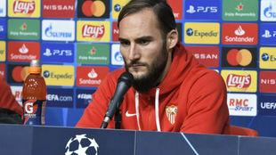 Nemanja Gudelj (29), centrocampista serbio del Sevilla.
