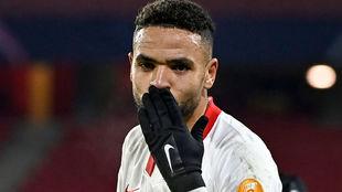 El sevillista En-Nesyri (23) celebra uno de sus goles ante el Rennes.
