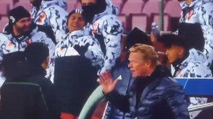 Koeman se encaró con el banquillo de la Juve: y el gesto que le hace Dybala...
